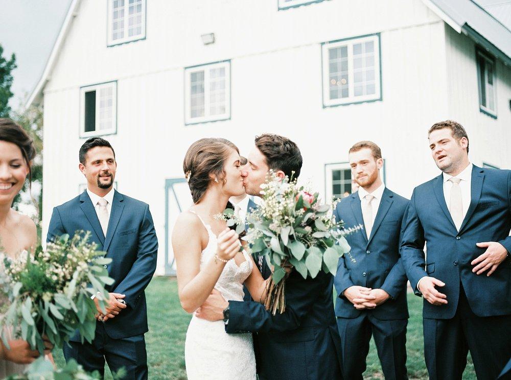 Bloom Lake Barn Wedding_4966.jpg