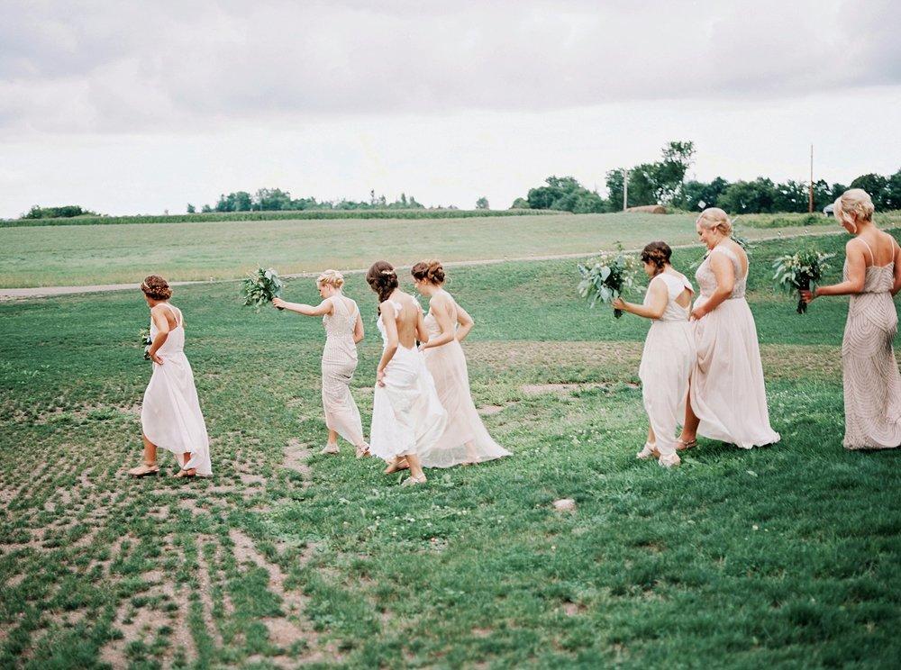 Bloom Lake Barn Wedding_4967.jpg