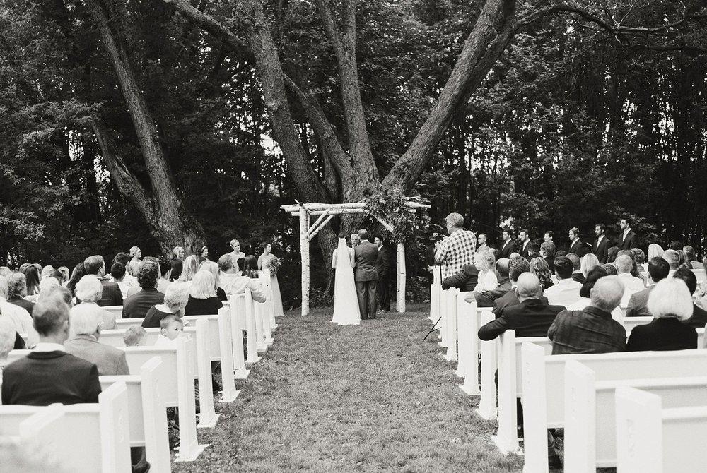 Bloom Lake Barn Wedding_4980.jpg