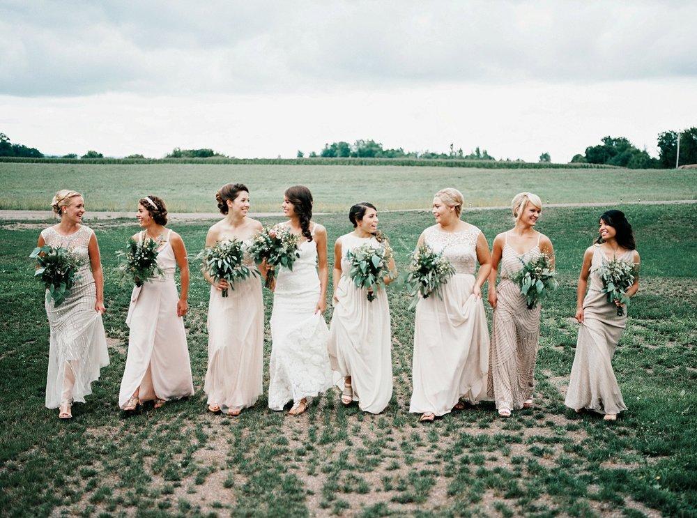 Bloom Lake Barn Wedding_4995.jpg