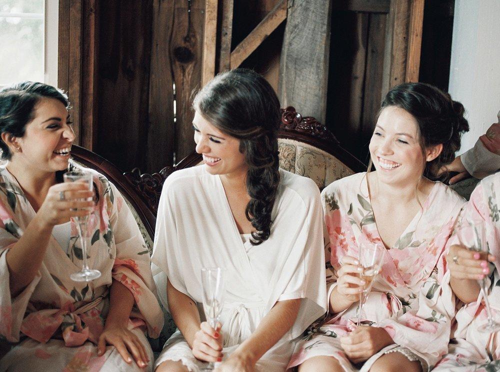 Bloom Lake Barn Wedding_5018.jpg