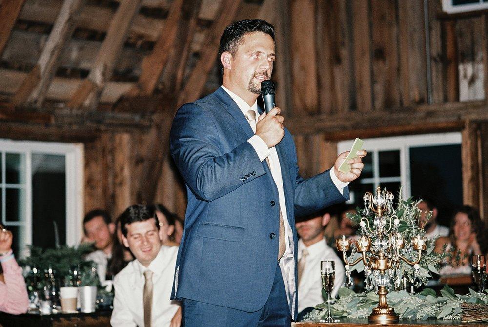 Bloom Lake Barn Wedding_5085.jpg