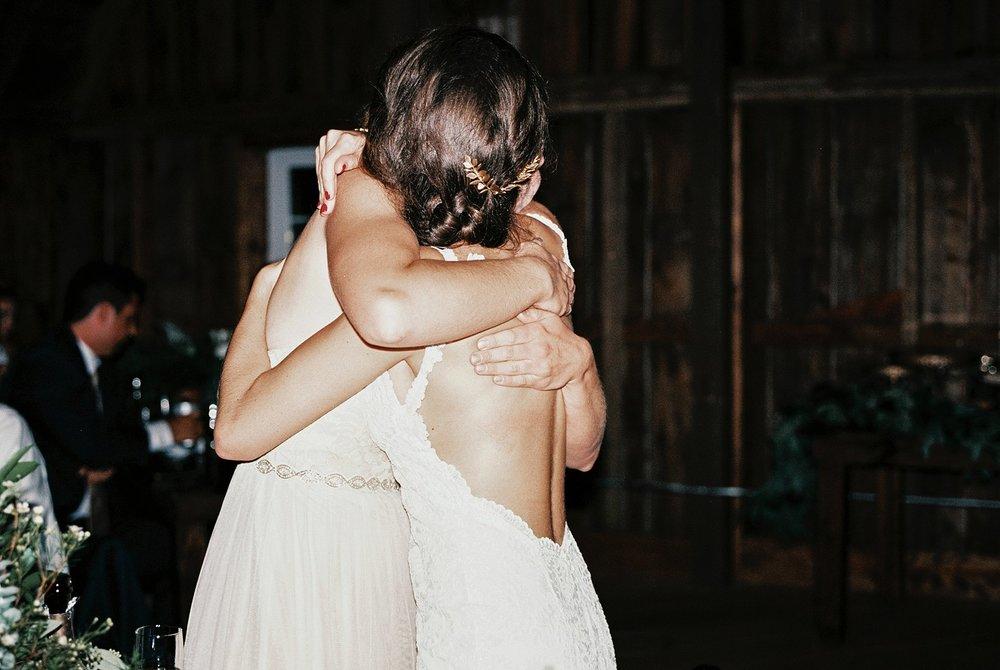 Bloom Lake Barn Wedding_5087.jpg