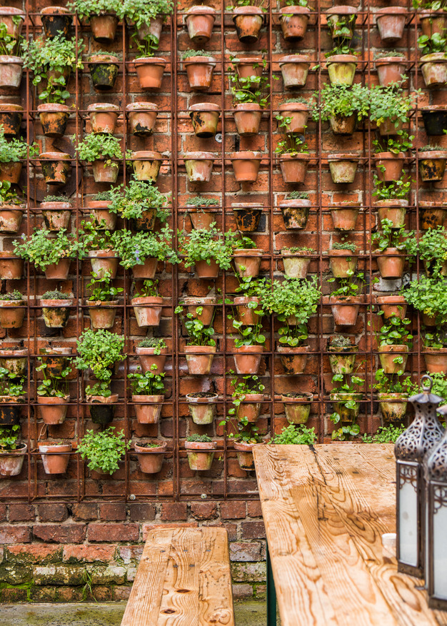 terracotta-pot-wall.jpg