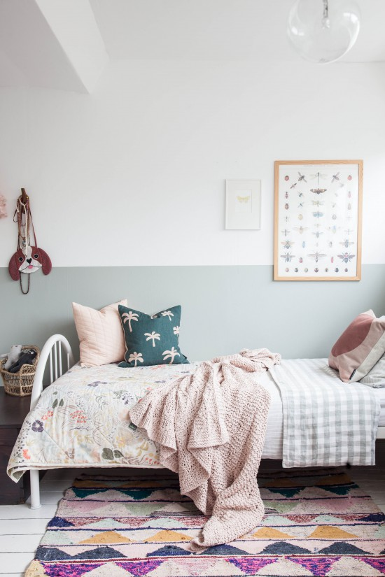 You HAVE to check out the full tour of this gorgeous girl's room that Holly created over on Avenue Lifestyle!  Styling + photography by Holly Marder