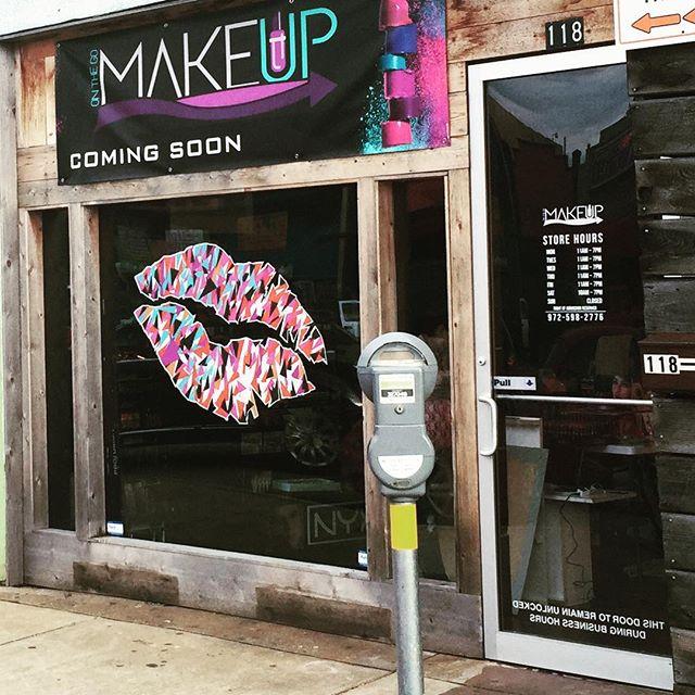 #makeuponthego #oakcliff #jefferson #bishoparts #art #sign #work #oakcliffprint @makeuponthego_cosmetics
