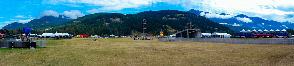 Some panoramic images of the venue before gates opened