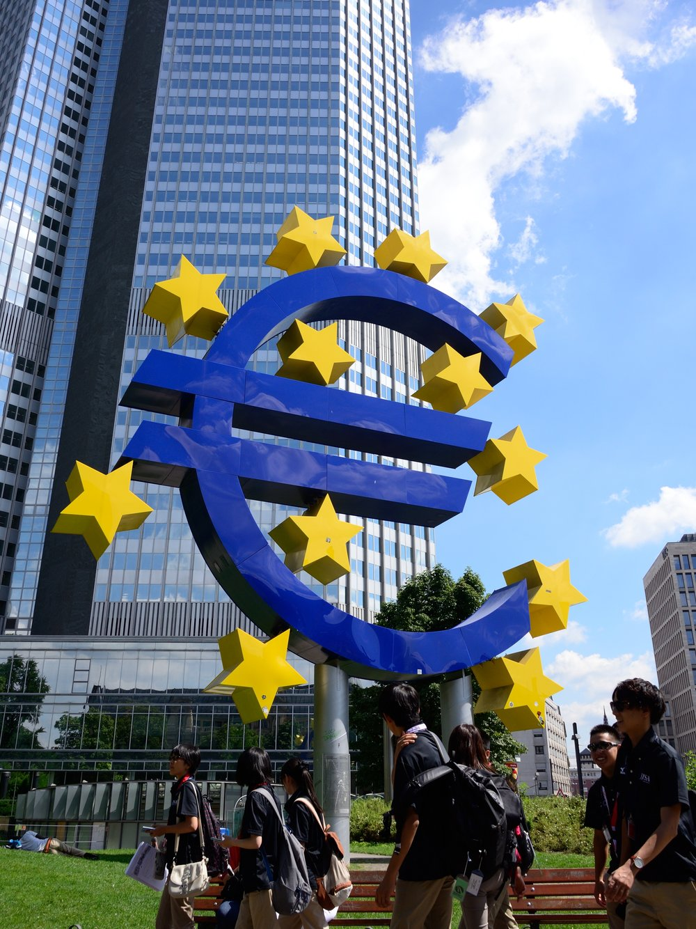 Euro Sign by the former ECB headquarters, at Willy-Brandt Platz (Gallusanlage)