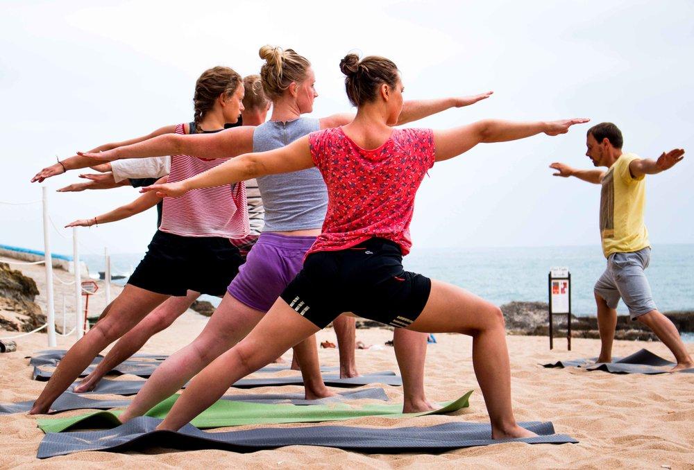 beach_yoga_8.jpg