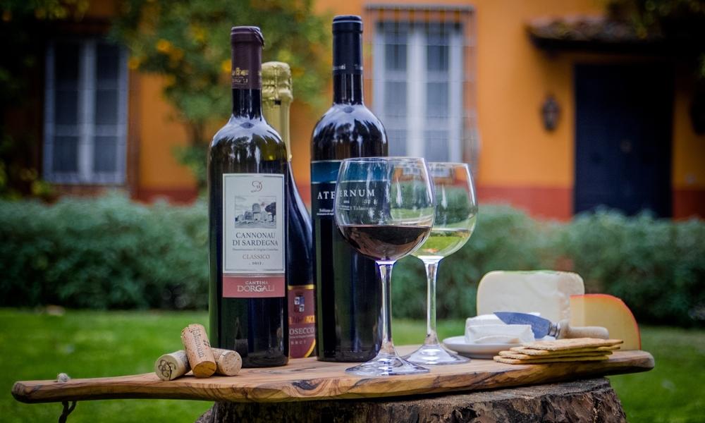 Wine tasting Rome Italy