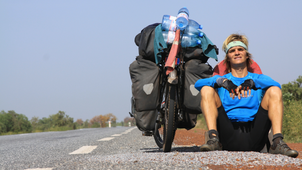 Jorden rundtpå cykel - Foredrag med Nicolai Bangsgaard