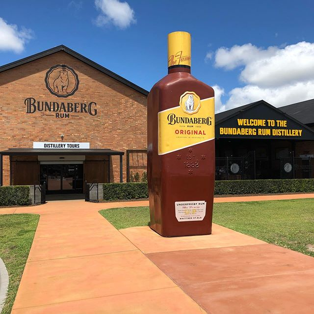 BUNDABERG 🥃🗺☀️ - After visiting a few bottle shops on our travels and being recommended this rum we accidentally stumbled across their distillery while driving between Airlie and Hervey Bay. • • • #rum #bundaberg #coast #agameoftones #lensbible #australia #travelling #travel #wanderlust #instagood #sun #adventure #roadtrip #sony #sonya6000 #queensland