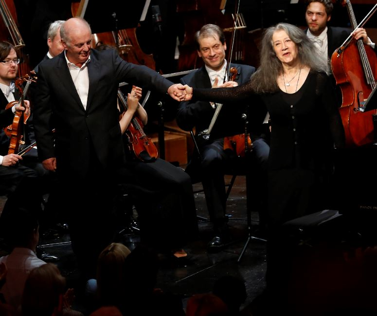 Daniel Barenboim et Martha Argerich ©Caroline Doutre