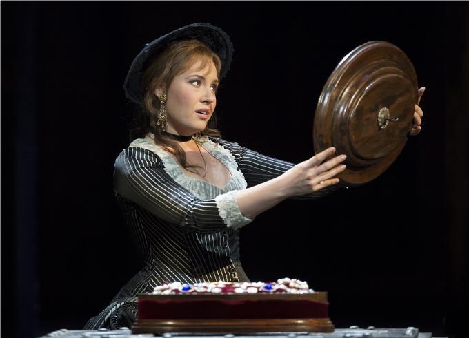 Faust (1859) - GOUNODMille sabords ! Le talent de la Castafiore, la plus célèbre interprète de l'air des bijoux, a complètement éclipsé le mythe de Faust, Goethe et l'opéra de Gounod, pourtant truffé d'airs célèbres.© ROH Bill Cooper 2014
