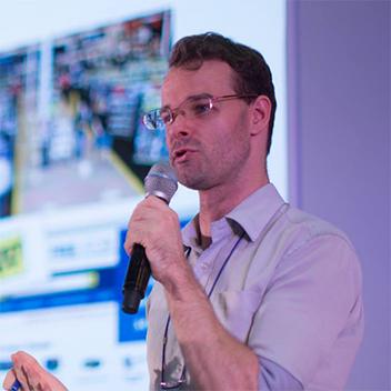 Martin BaX - Interpreter & Translator