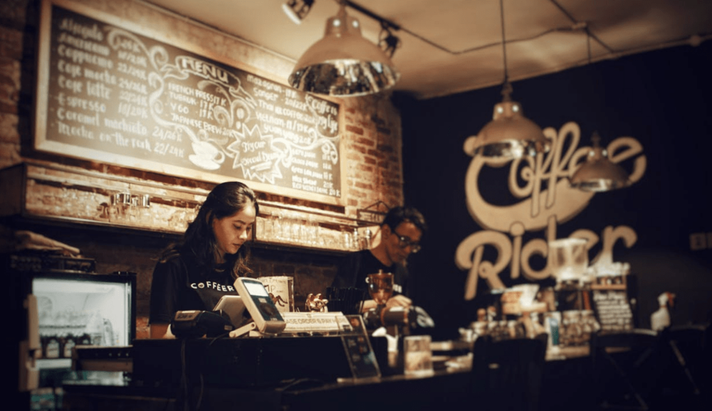 good cafe staff