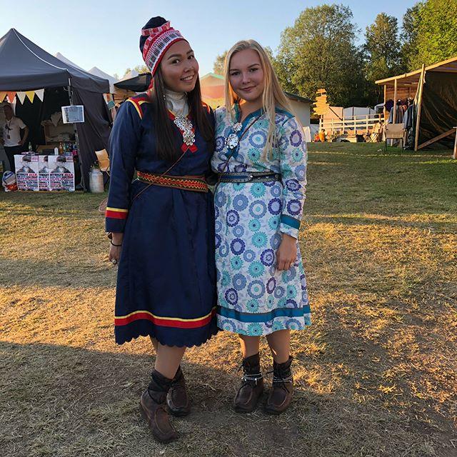 Fine festivalkledde gjester 😍 Fiinná guossit čiŋadan festiválii 😍 #festivalagakti