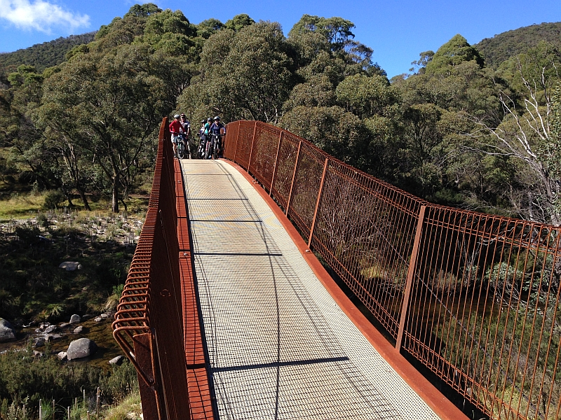 Cycling on the Thredbo Valley Track