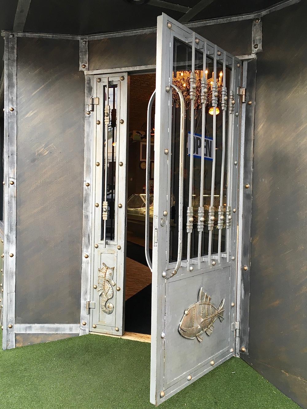 """artistic door """"Seven seas"""""""