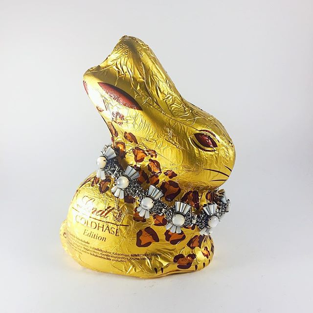Wishing you a very Happy Easter that is filled with plenty of love and happiness. . . . . . . . . . . #happyeaster #2017 #spring #vymarn #ilovevimarn #jewelry #sterlingsilver #bracelets #bunny #chocolate #lindt #golden #leopard