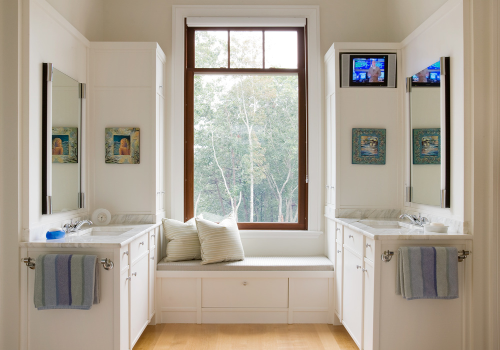 Cape_Cod_Doreve_bathroom_2.jpg