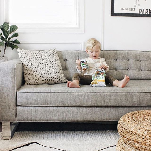 Weekend plans ✌🏽#Lounging #puregrowthorganic