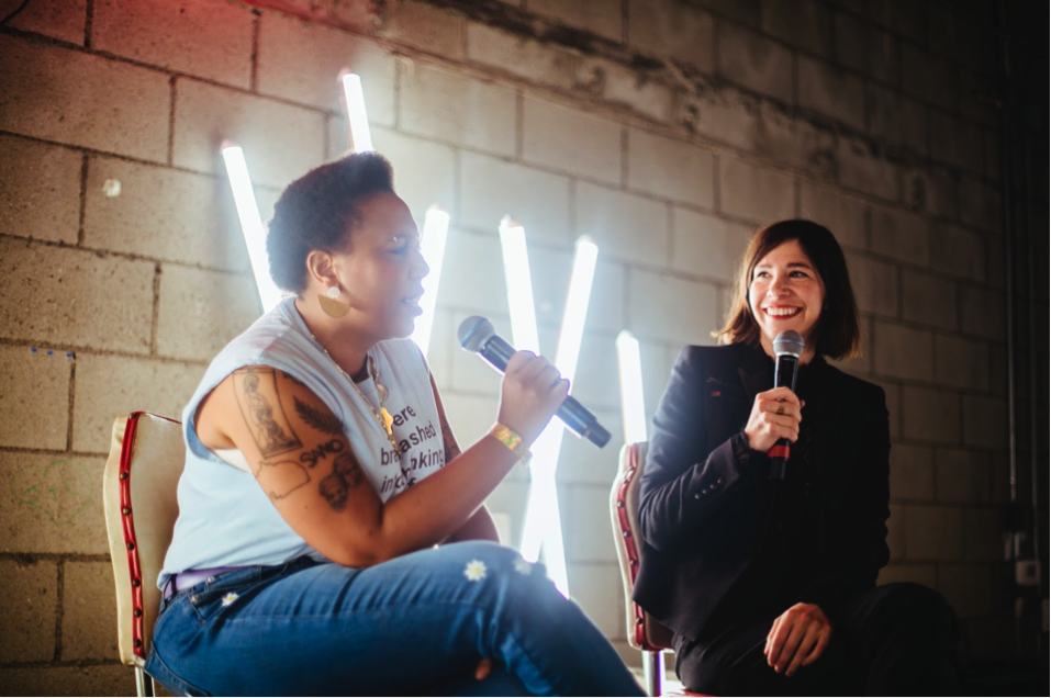 Morgan Parker and Carrie Brownstein at GIRLSCHOOL LA 2018. Maria Jose Govea for Girlschool