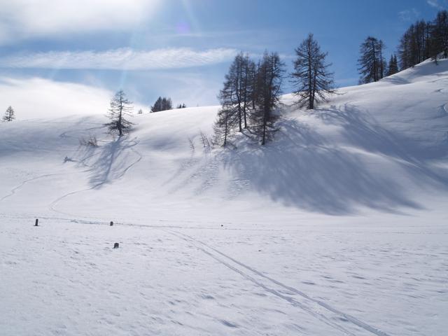 ski_tracks.jpg