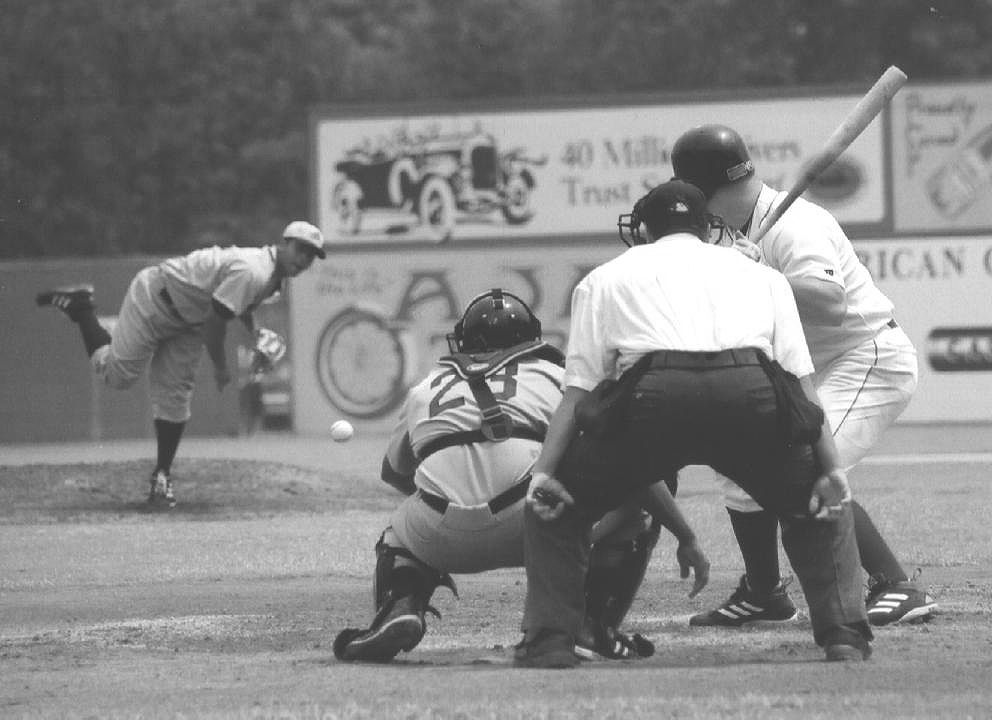 Rickwood Classic action, Barons versus Montgomery, 2005 (Christopher Frey)