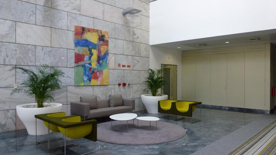 Edificio Publico Lisboa 2.jpg