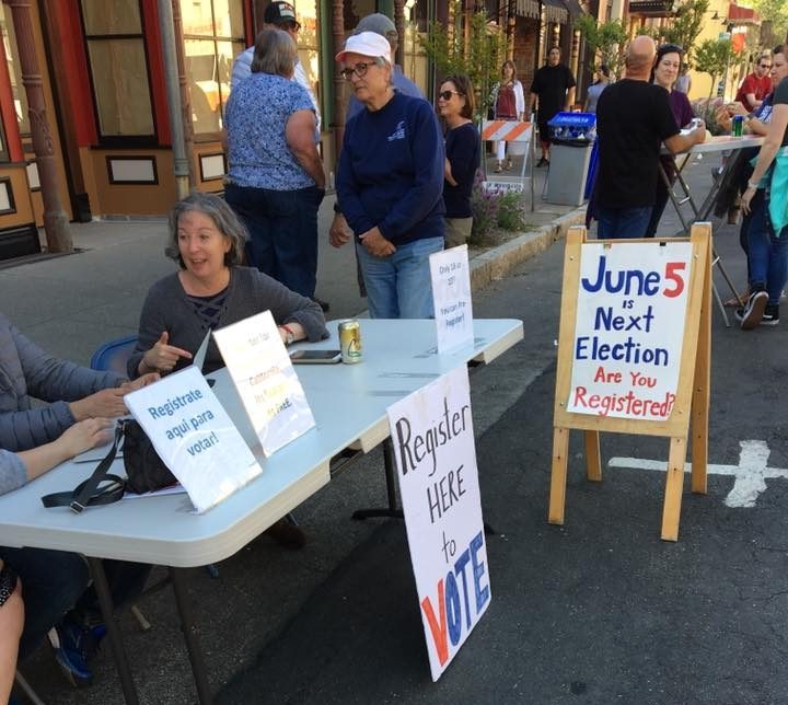 Registering voters for the California primaries