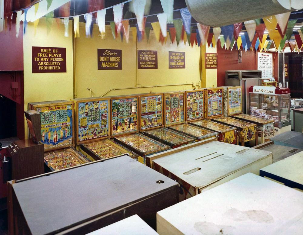 wonderland-arcade-08-1000x778.jpg