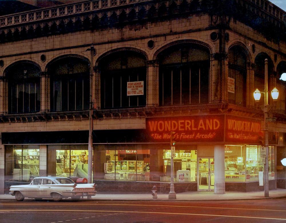 wonderland-arcade-01-1000x778.jpg