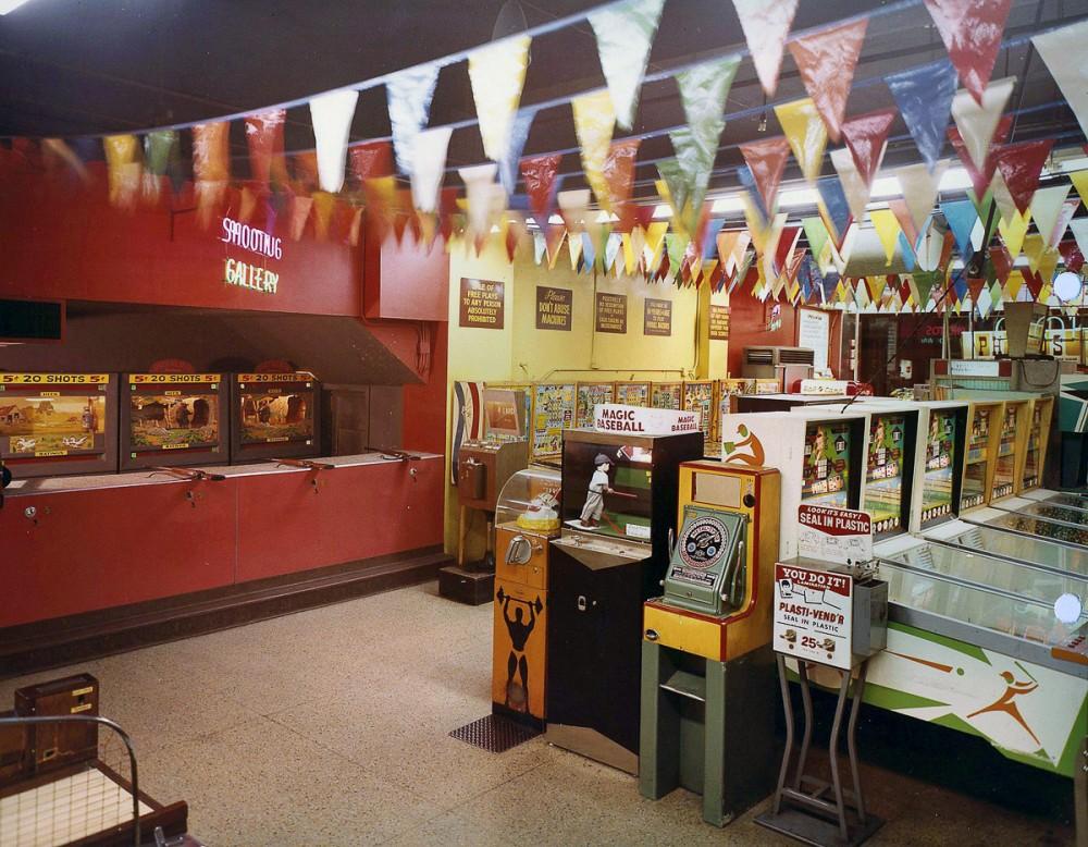 wonderland-arcade-04-1000x778.jpg