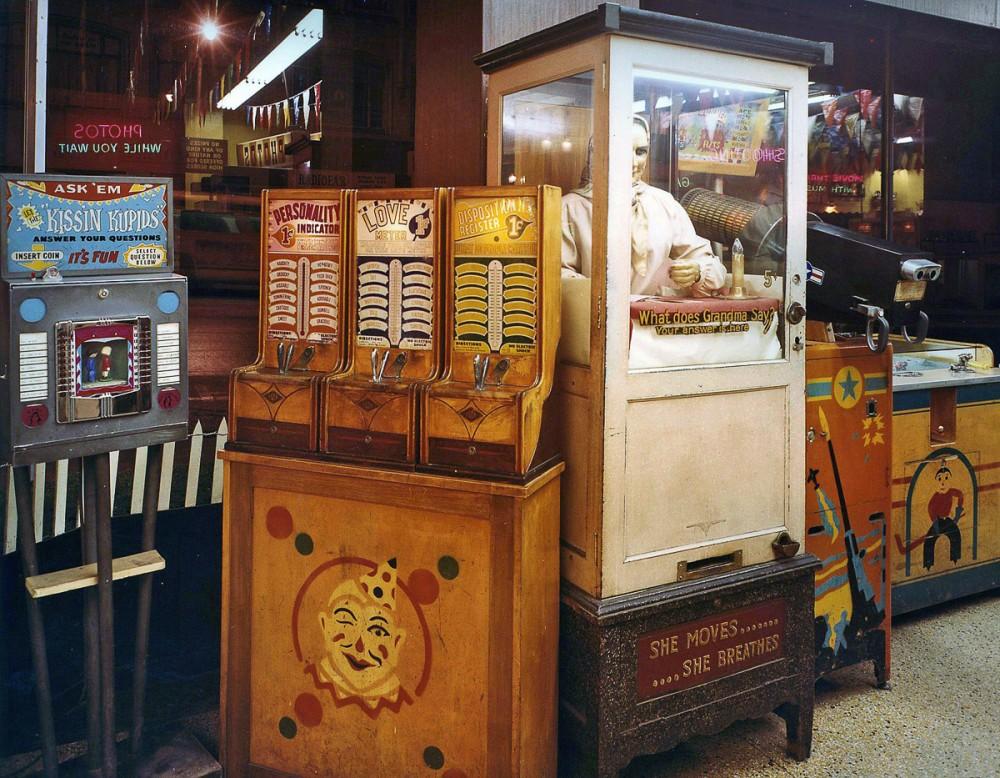 wonderland-arcade-09-1000x778.jpg