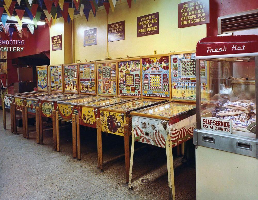 wonderland-arcade-07-1000x778.jpg