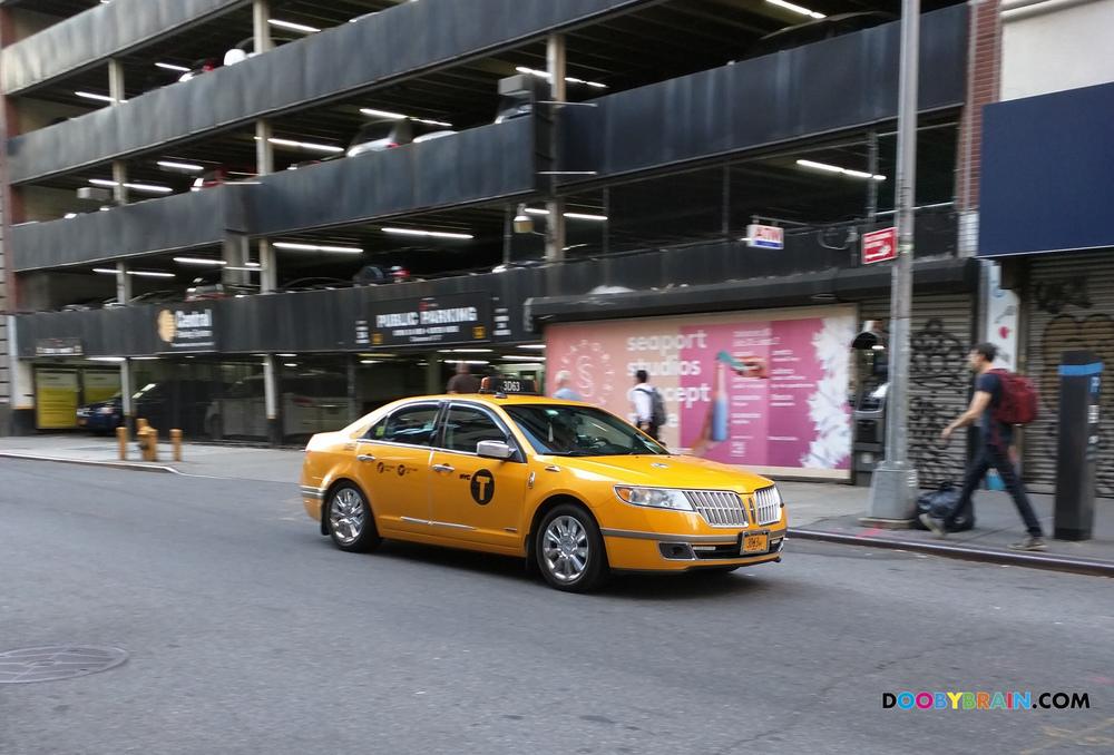 Rare Yellow Taxi Cabs Of New York City Lincoln Mkz Doobybrain Com