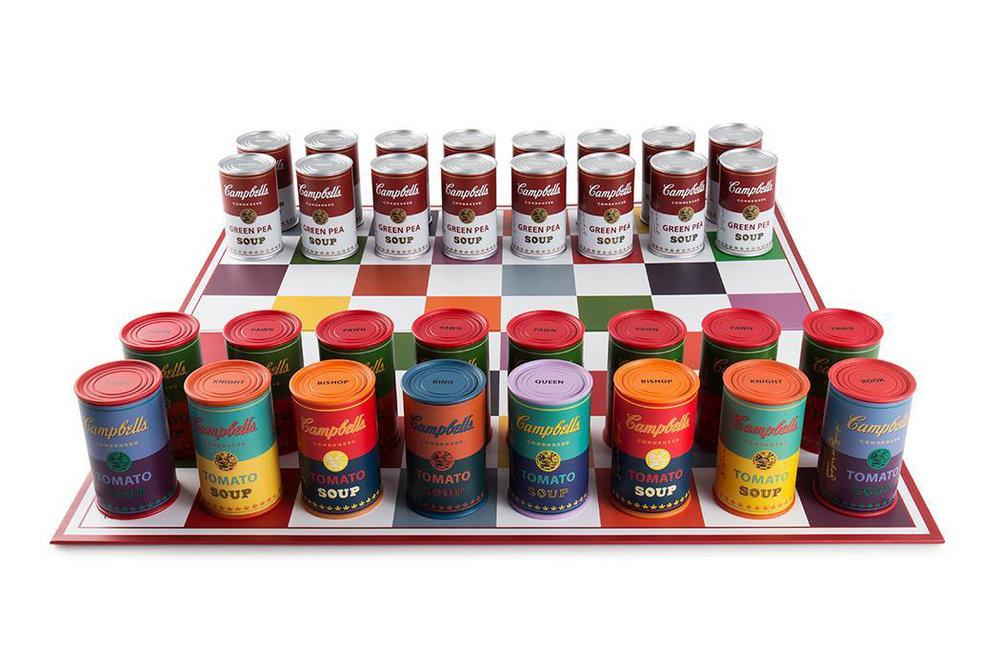 vinyl-andy-warhol-campbells-soup-can-chess-set-7-01.jpg