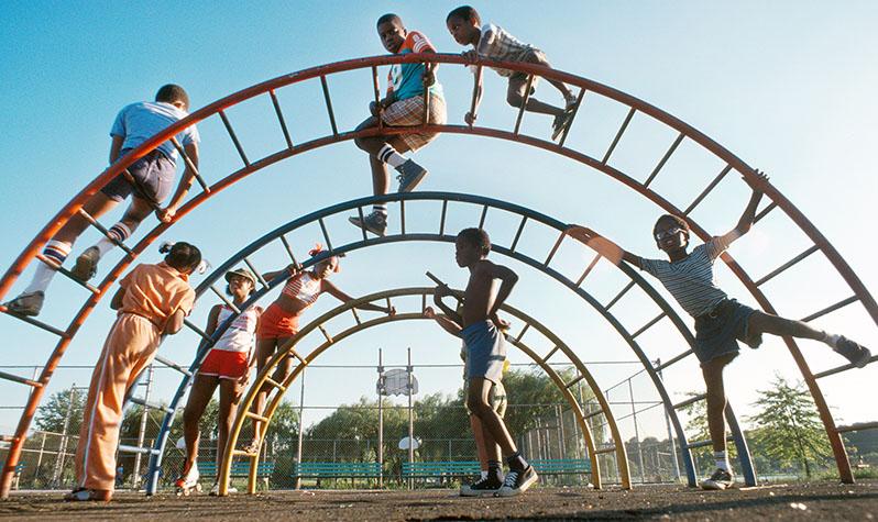NYT1059Gary SettleKids on Jungle Gym, Playground, Flushing Meadows Corona Park??, #1059,September 1978, Gary Settle