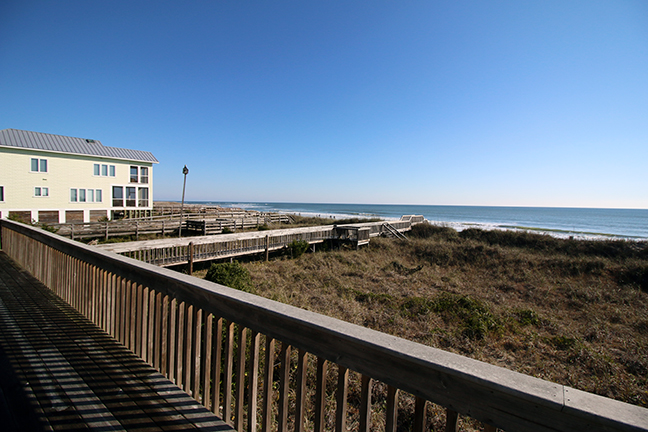 Beach house view 1-72 6x9.jpg