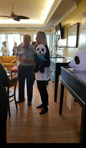 Peter talks to the panda ...