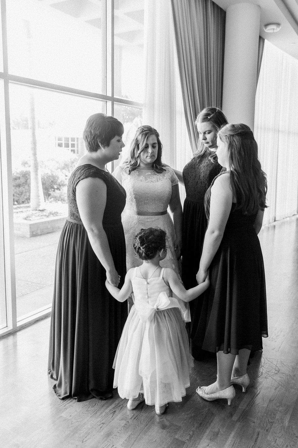So Cal Orange County Wedding Photographer Joy Theory Co Praying Bridal Party