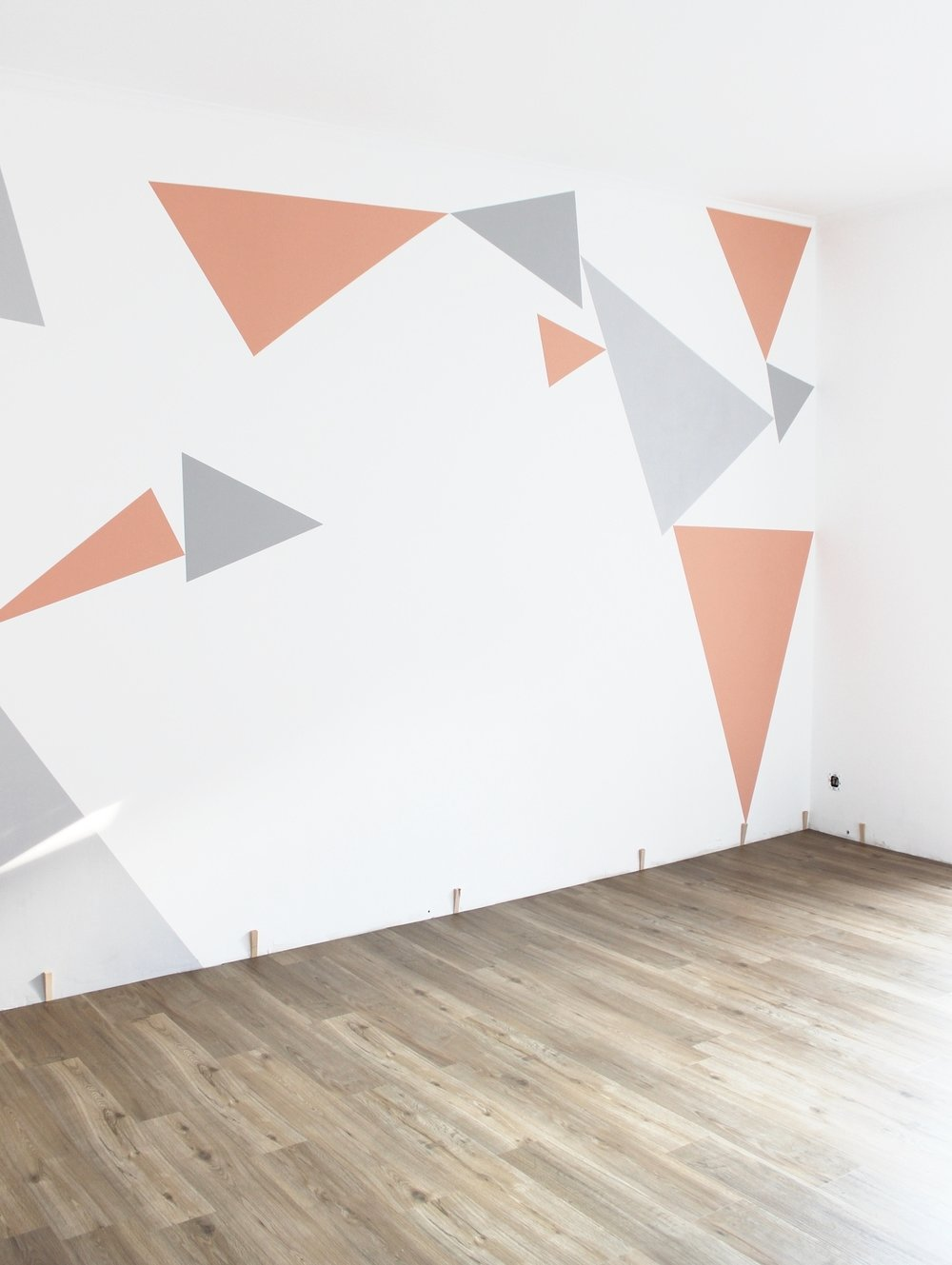 trianglewall8.jpg