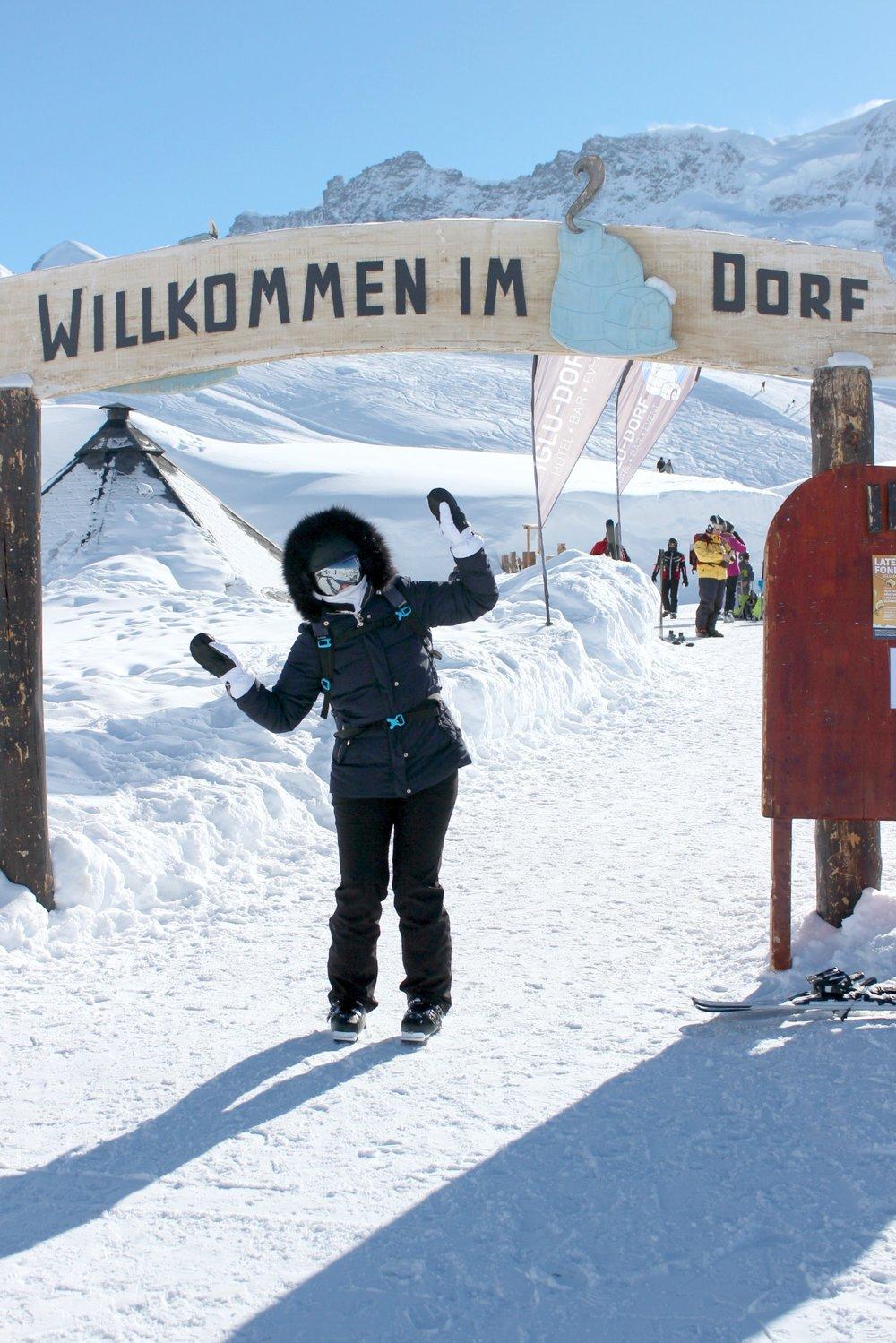 zermatt-iglo-dorp-eskimo-dancing.jpg
