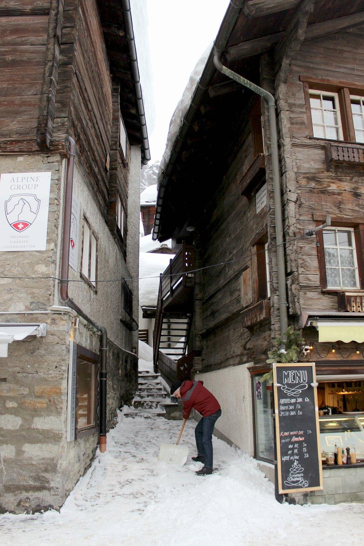 snow-zermatt-snow-spade-hotel-atmosphere.jpg