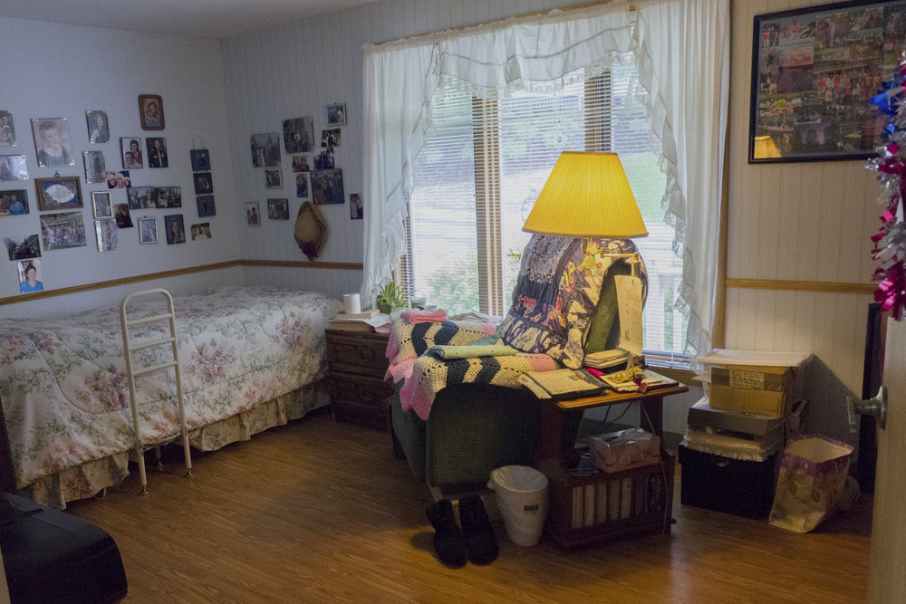 Ruth's_bedroom.jpg