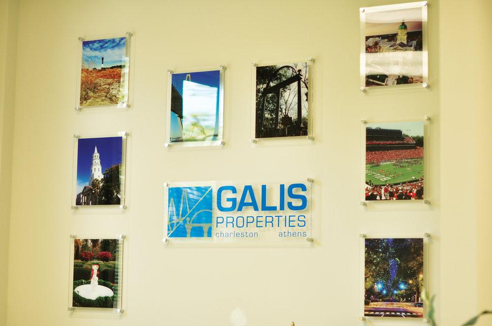 galis-signs02.jpg
