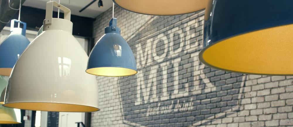 modelmilk.jpg