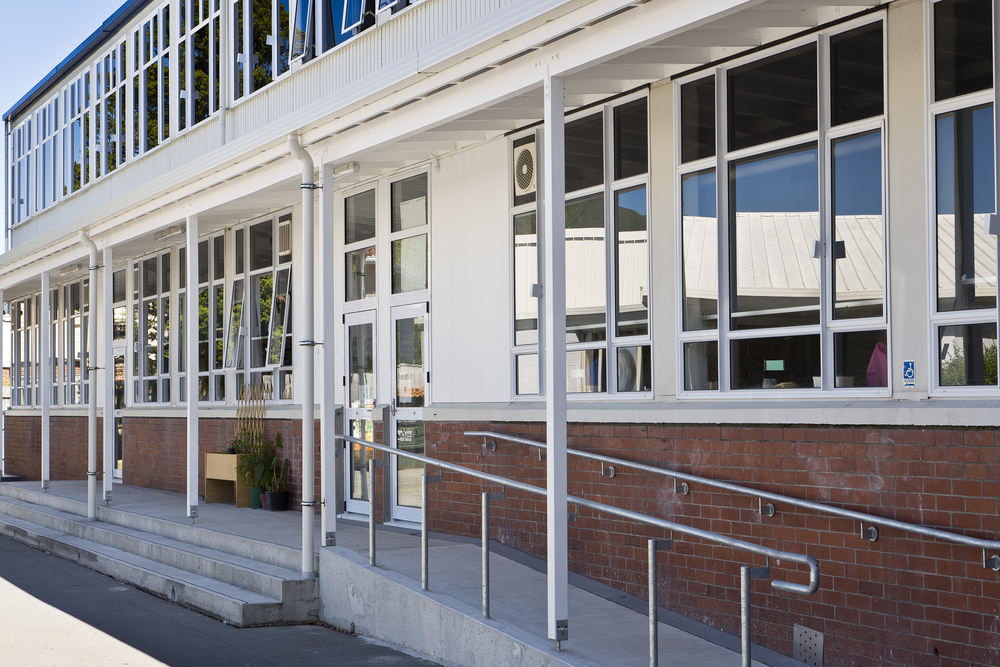 Hutt Valley High School Block B Seismic Upgrade Hutt Valley High School is one of the country's largest state secondary schools. Seismic stability has become a priority for the school which has eclectic range of buildings.