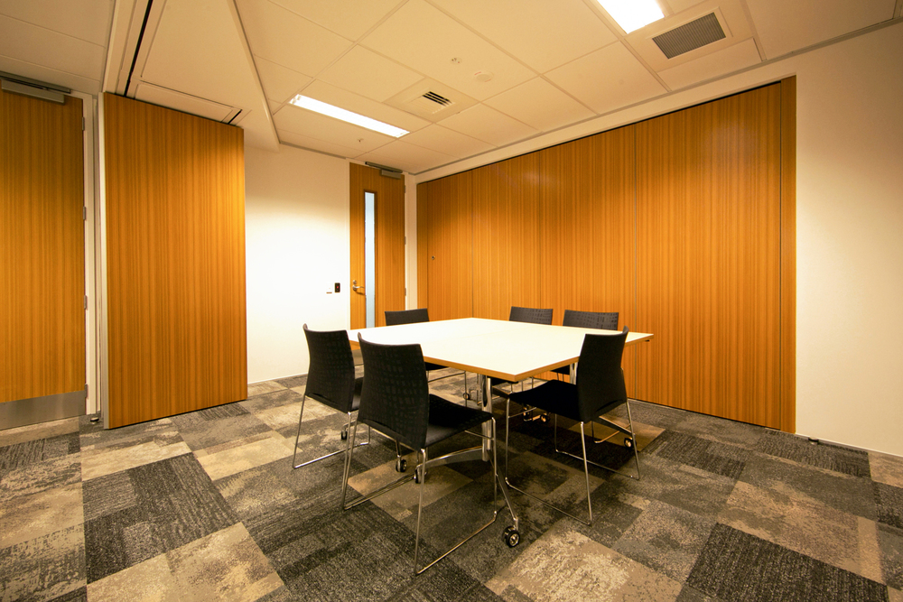 MOJ_IEE_Courts_MeetingRoom_13.jpg